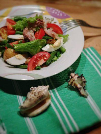 Теплый салат со скумбрией (порционный)
